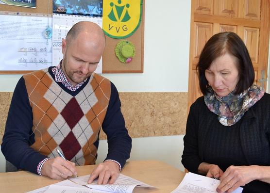 Pasirašyta dar viena vietos projekto vykdymo sutartis